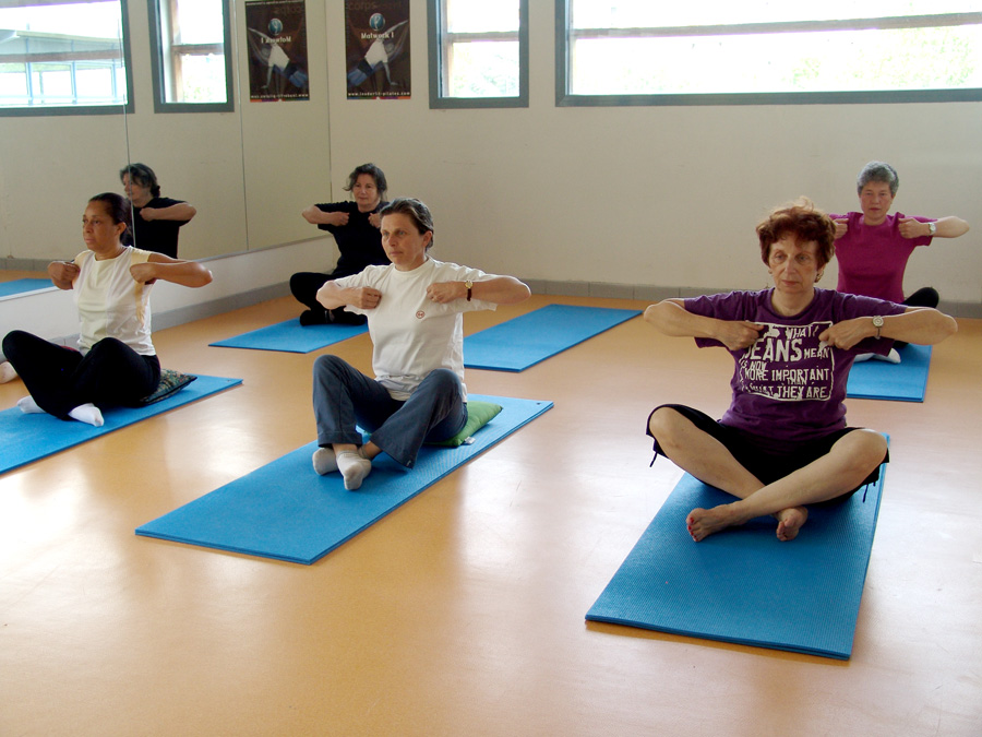 yoga egyptien - aigle assis